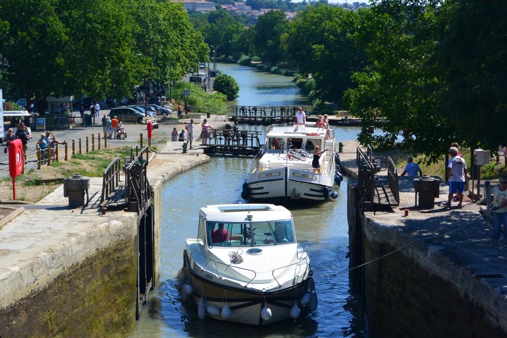 Neuf écluses de Fonsérannes, le Canal du Midi à Béziers